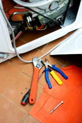 Reparatie van vaatwasser of wasmachine